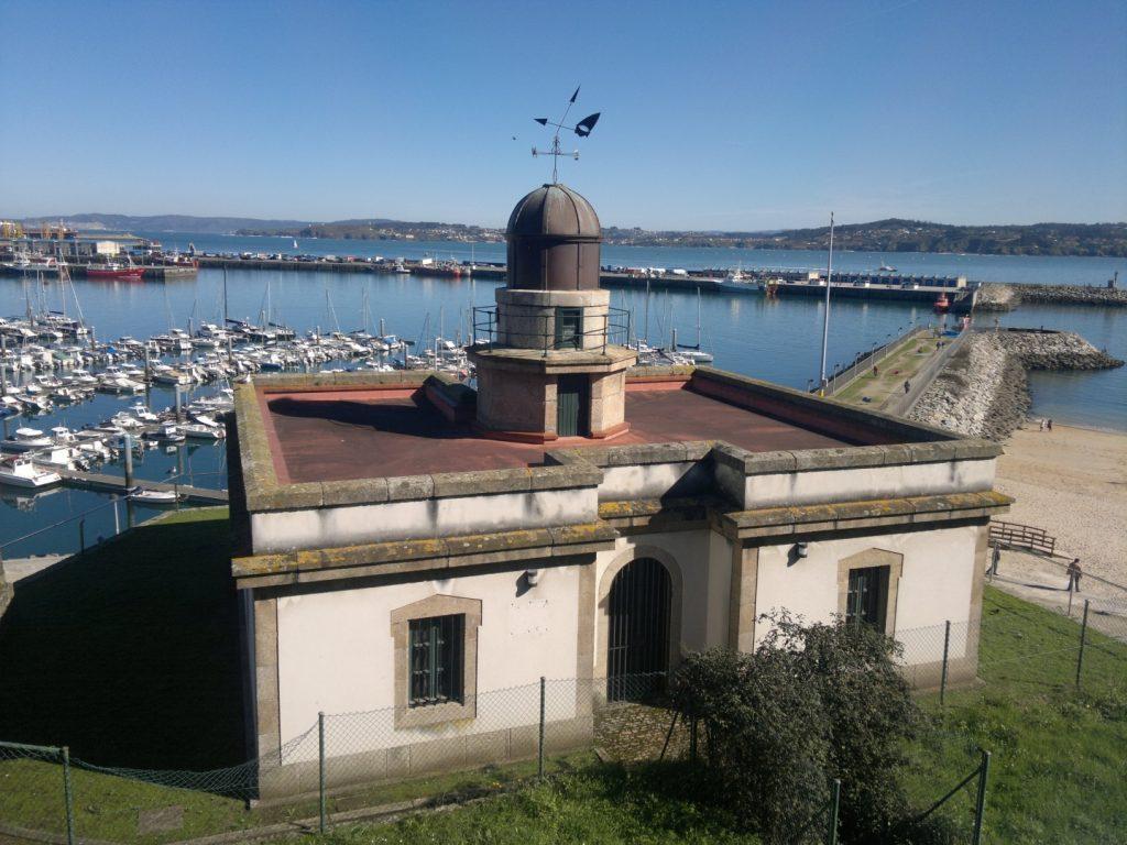 Faro de Oza. Faros de A Coruña
