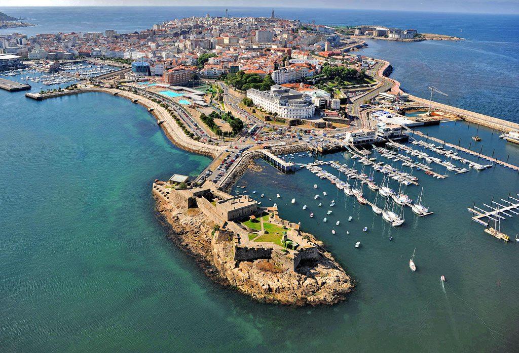 Castillo de San Antón. Faros de A Coruña