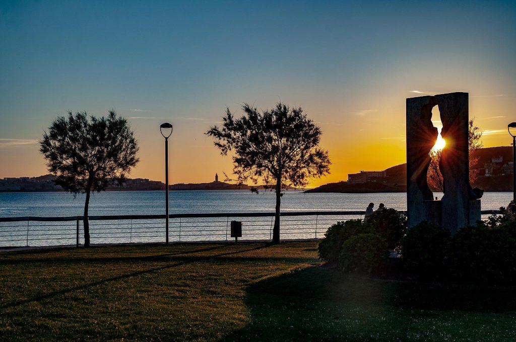 Selfies-Golfo-Artabro-Sur-Mirador-Santa-Ana-Oleiros-Escultura