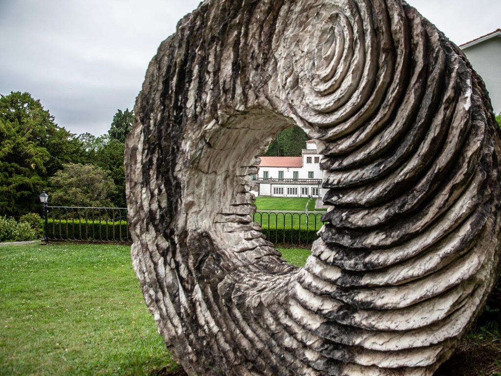 Bergondo_pazo-Mariñan-Ruta-Faros-Escultura